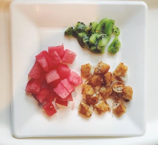 baby-finger-food-fish-fruit
