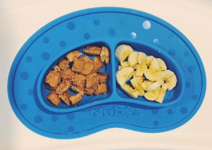 baby-finger-food-toast-bananas
