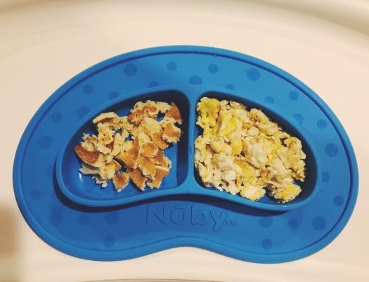 baby-finger-food-pancakes-eggs