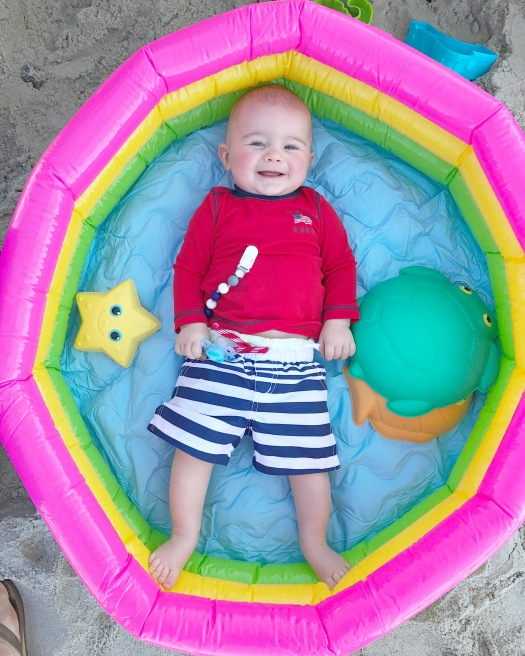 baby-in-baby-pool