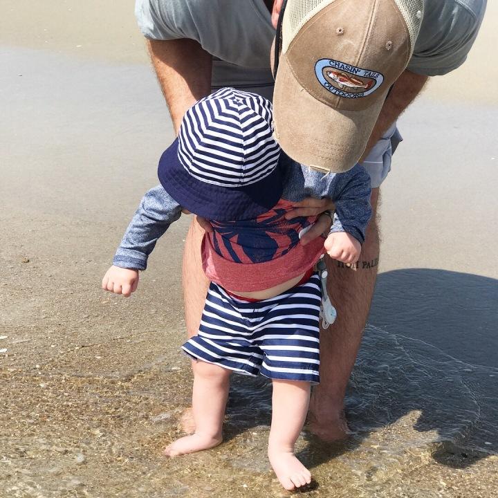 emerson-daddy-beach-sand