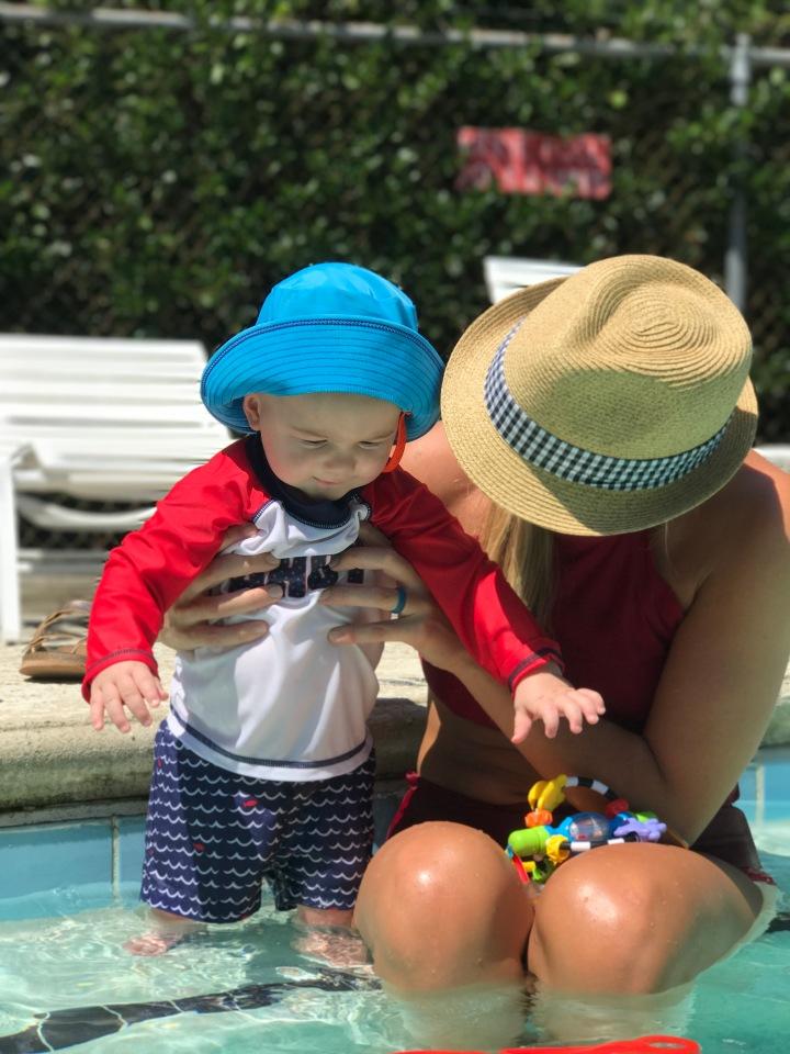 baby-swim-9-months