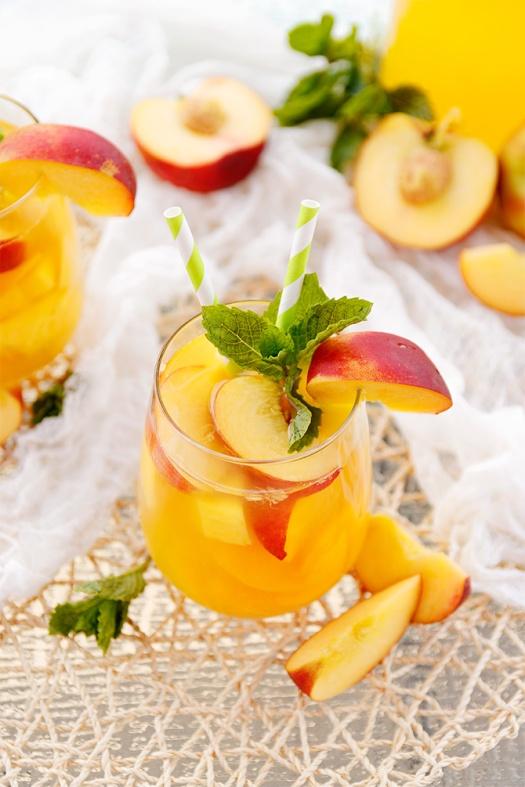 peach-mango-sangria-2