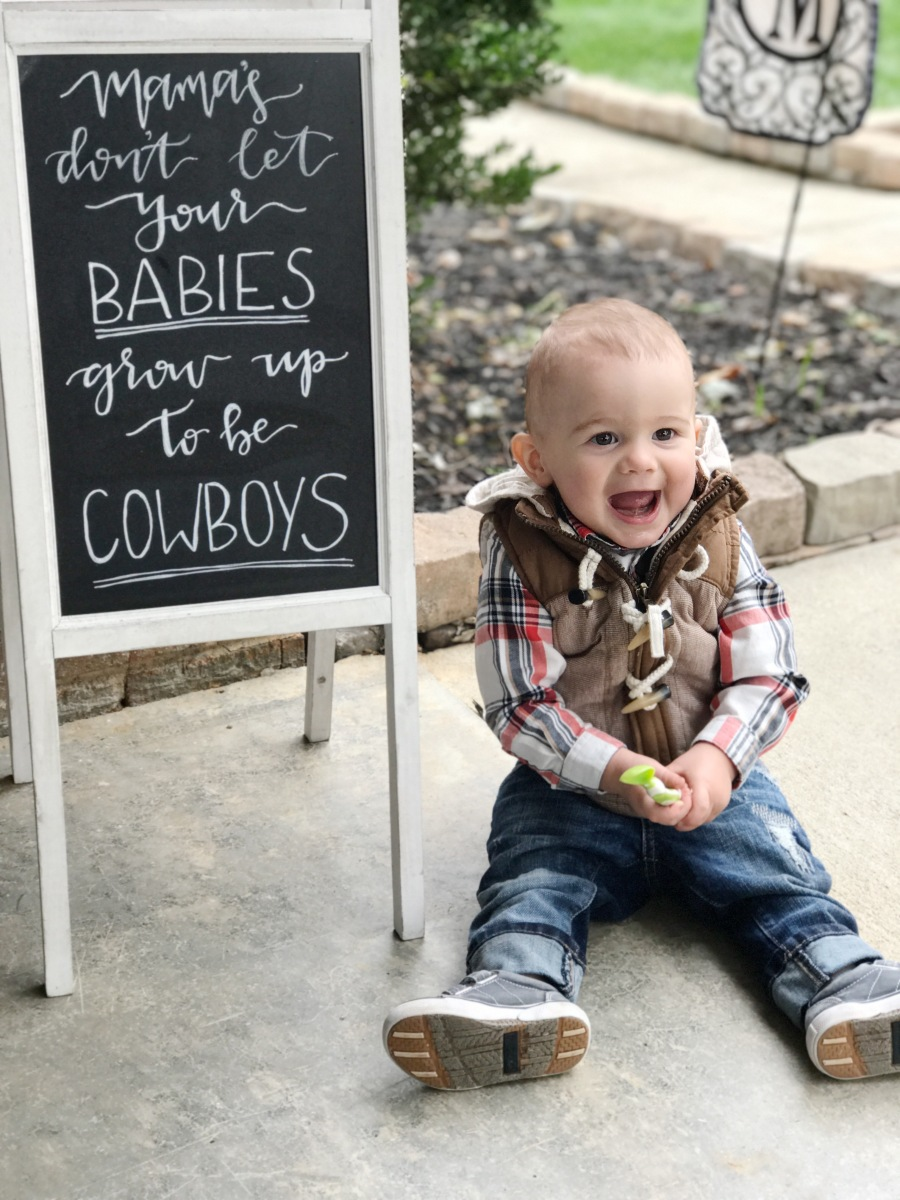 Mamas Don't Let Your Babies Grow Up To Be Cowboys // This IS My 1st Rodeo Birthday Party
